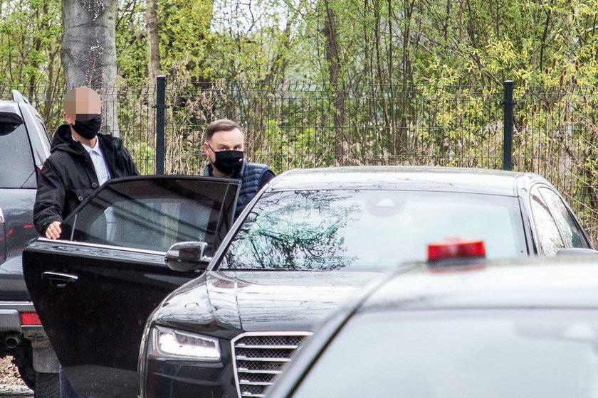 Prezydent Andrzej Duda dogląda swojej willi
