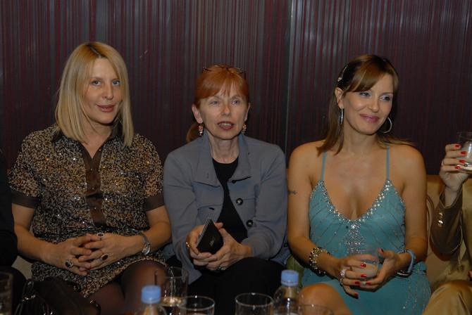 Elena Karaman Karić sa mamom Vericom Rakočević na Beks nedelji mode u Beogradu pre osam godina