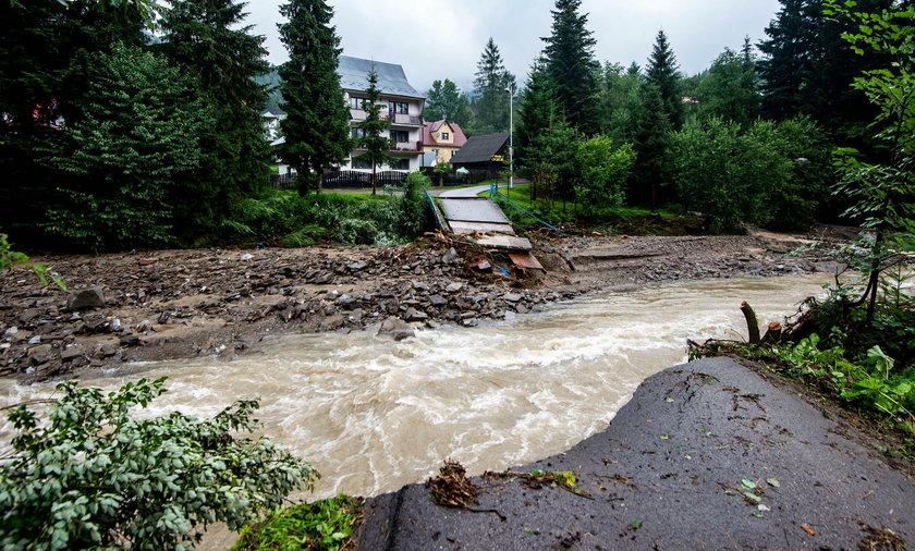 Skutki powodzi w okolicach Nowego Targu