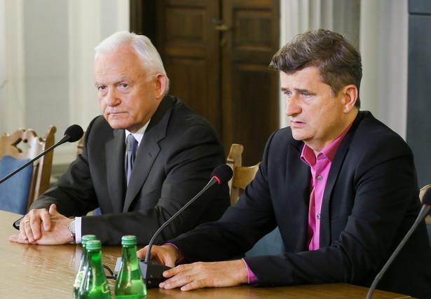 Leszek Miller i Janusz Palikot PAP/Paweł Supernak