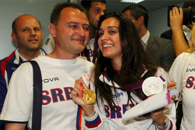 Goran Maksimović sa ćerkom Ivanom posle Igara u Londonu 2012.