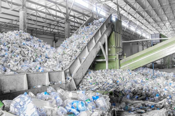 Wadliwa praktyka wystawiania dokumentów przez recyklerów uderza w ich kontrahentów