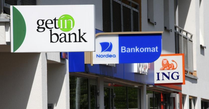 Choć w ciągu roku doszło do wielu zmian w zarządach banków, nie powinny one wpłynąć na ich strategię i wyniki