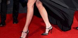 Nicole Kidman przegrała z wiatrem. Co za nogi!