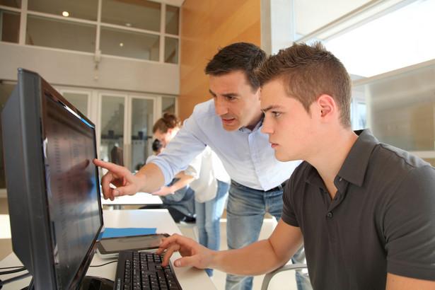 nauka, praca, szkolenie, komputer
