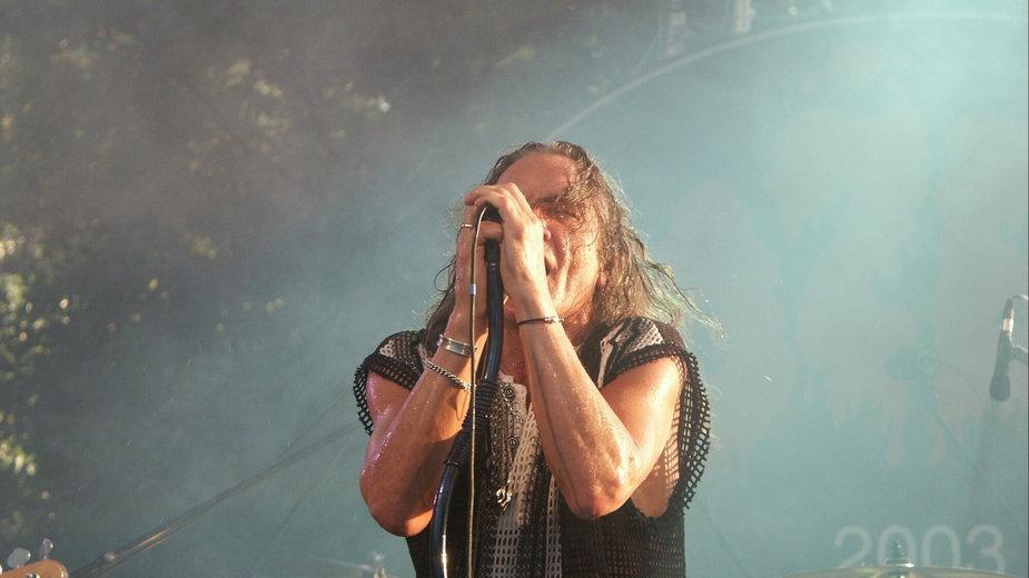 Grzegorz Markowski na koncercie Perfectu w 2003 roku