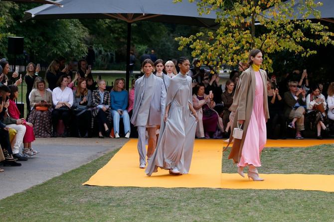 Poršlogodišnja revija Roksande Ilinčić na Nedeljni mode u Londonu