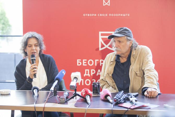 Rediteljka i glumac u Beogradu