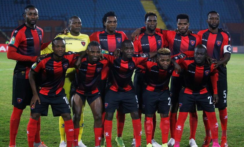 Piłkarze z Angoli nie boją się żadnych wirusów