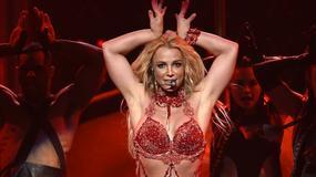 Fan Britney Spears wtargnął na scenę podczas jej koncertu