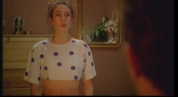 Milena Pavlović kao Marina u