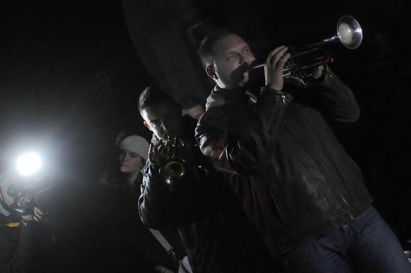 Publiku na Kustendorfu su zabavljali trubači
