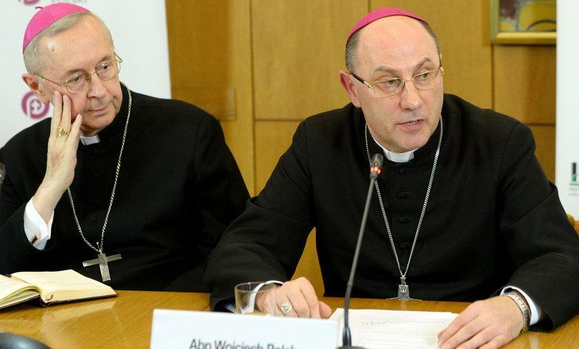 W kościołach odczytano list biskupów do wiernych. Odnieśli się do filmu Sekielskich