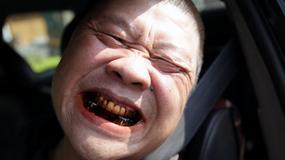 Dlaczego Birmańczycy mają czerwone zęby?