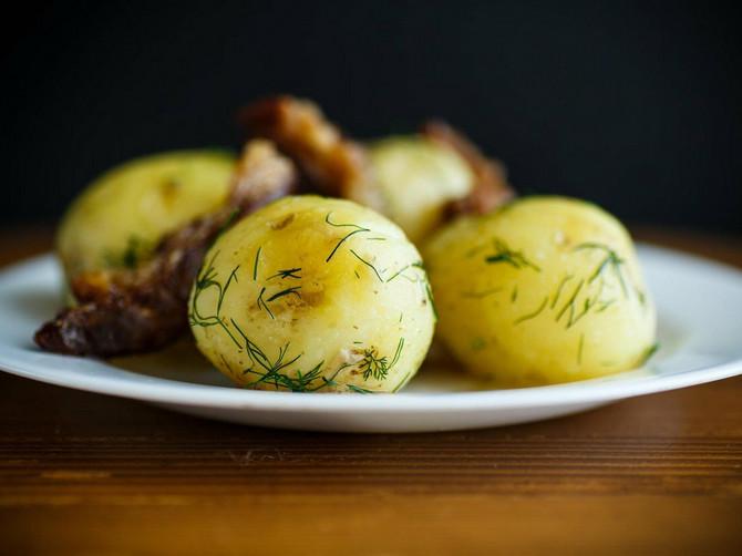 Nepravedno zanemaren - njegovo veličanstvo kuvani krompir!