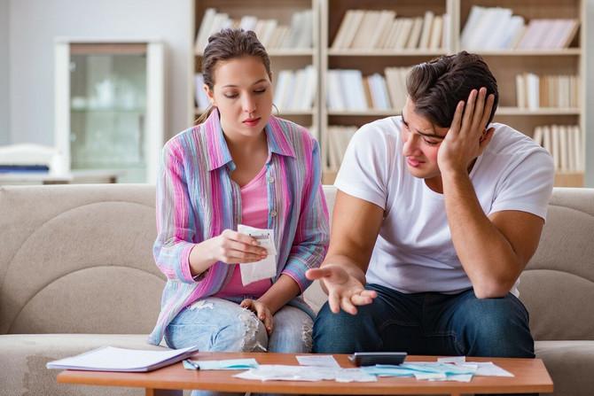 Muškarci osećaju nezadovoljstvo kada njihove supruge zarađuju više