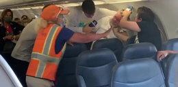 Rękoczyny na pokładzie samolotu. O co poszło? FILM