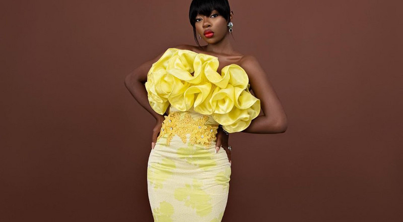 3 times Diane Russet brightens our day in shades of yellow