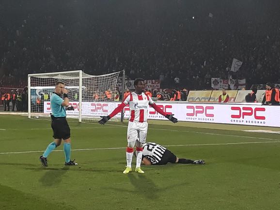 El Fardu Ben je imao šta da kaže Danilu Grujiću, glavnom arbitru susreta