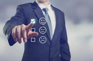 Operatorzy zmieniają podejście do klienta. Prosty język umowy, podpis przez internet i inne rozwiązania XXI wieku