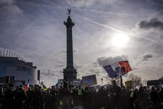 Francja: Starcia demonstrantów z policją w Paryżu