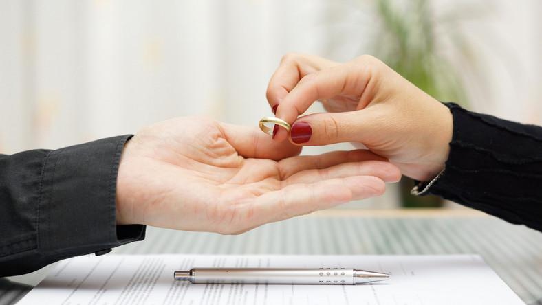 Jak dobrze ułożyć relacje z partnerem po rozwodzie?