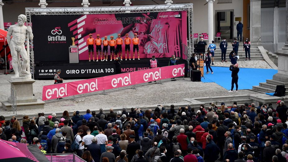 Przed startem 16. etapu 2020 Giro d'Italia