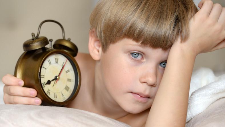 Kiedy kłaść dziecko do łóżka spać?