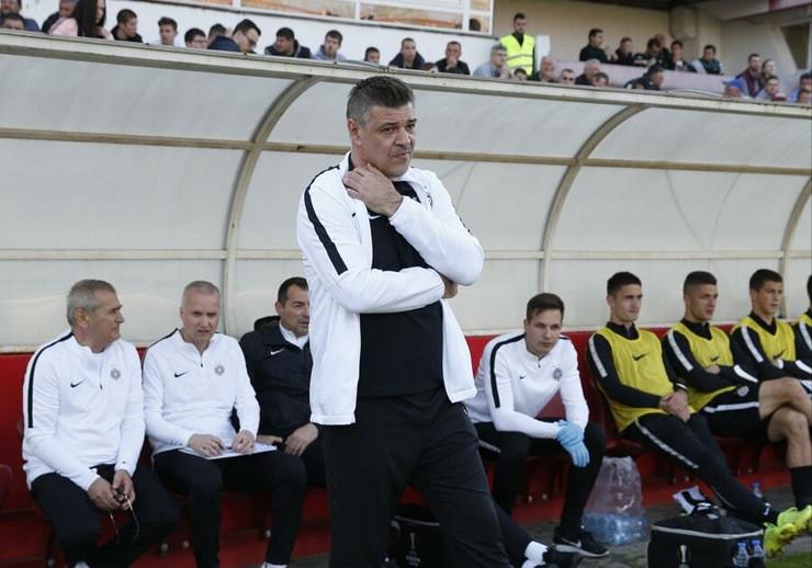 FK Napredak, FK Partizan