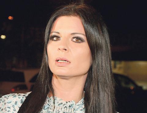 Maji Marijani zapalili auto: Oglasila se pevačica, misli da zna ko stoji iza svega! Svi detalji drame