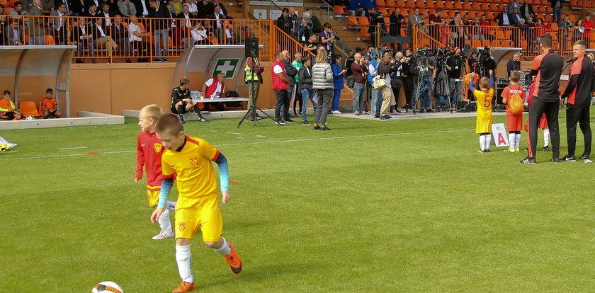 To największa sportowa inwestycja ostatnich lat. Stadion Hutnik zyskał nowe życie