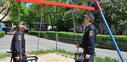 Strażnicy sprawdzili stołeczne place zabaw