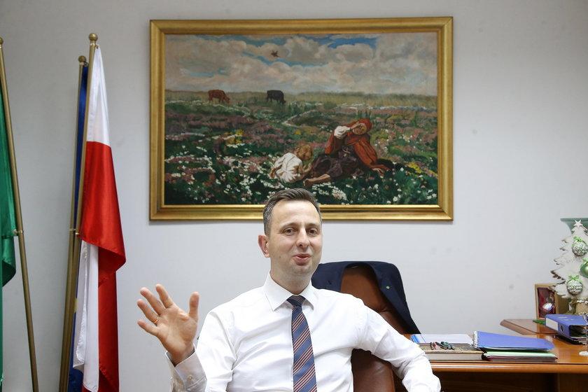Dr Kosiniak-Kamysz radzi: zalecam sok z kapusty na kaca