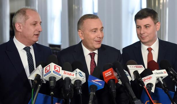 Przewodniczący PO Grzegorz Schetyna, przewodniczący KP PO Sławomir Neumann oraz poseł PO Jan Grabiec, PAP/Radek Pietruszka