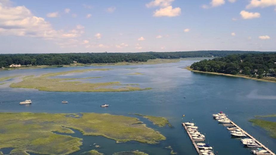 """Nissequogue River – A Beautiful Ecosystem"" - kadr z filmu"