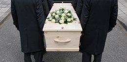 Skandal na pogrzebie 15-latka. Ksiądz o zmarłym: on nie chodził na religię
