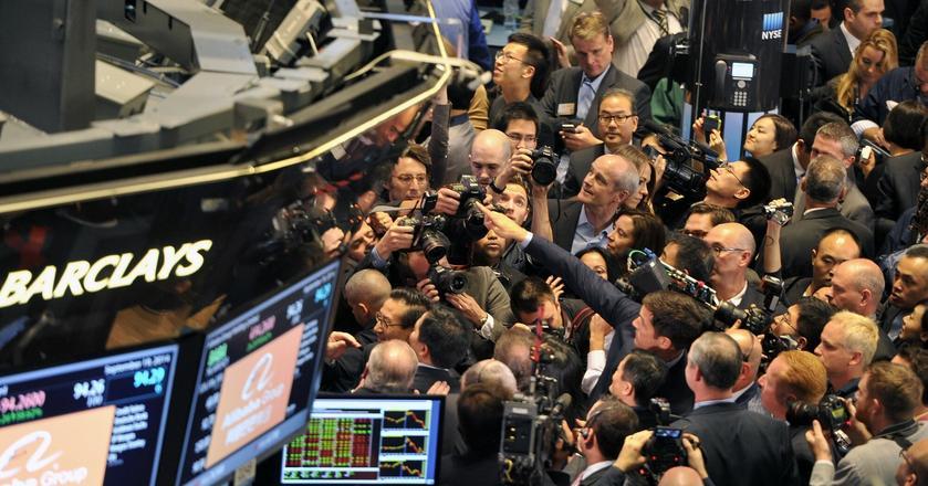 Obligacje tanieją, rentowności rosną. Co się dzieje?