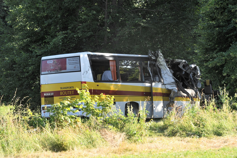 Autobus wiozący pracowników