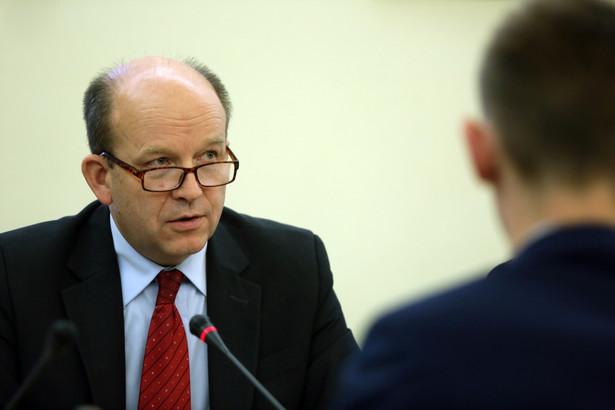 Minister zapowiedział, że przywrócona zostanie zasada, że każdy rodzaj antykoncepcji hormonalnej będzie dostępny wyłącznie na receptę
