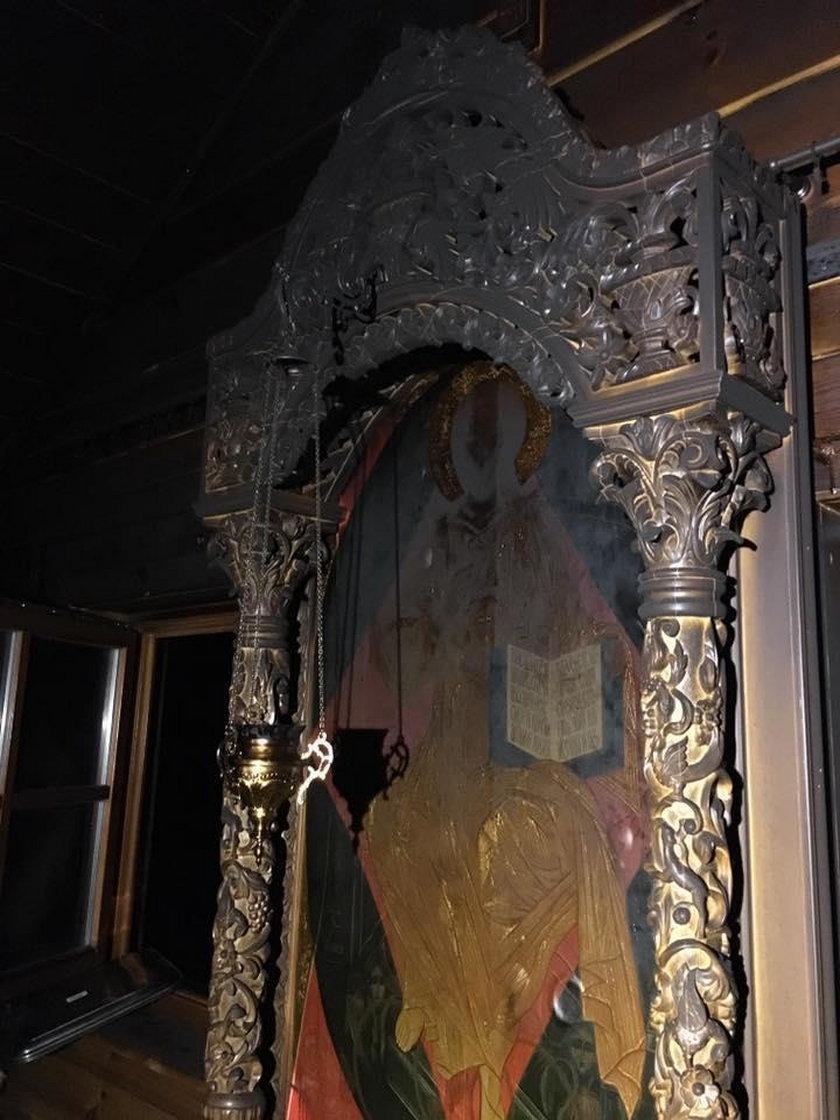 Cerkiew wewnątrz spłonęła w znacznym stopniu