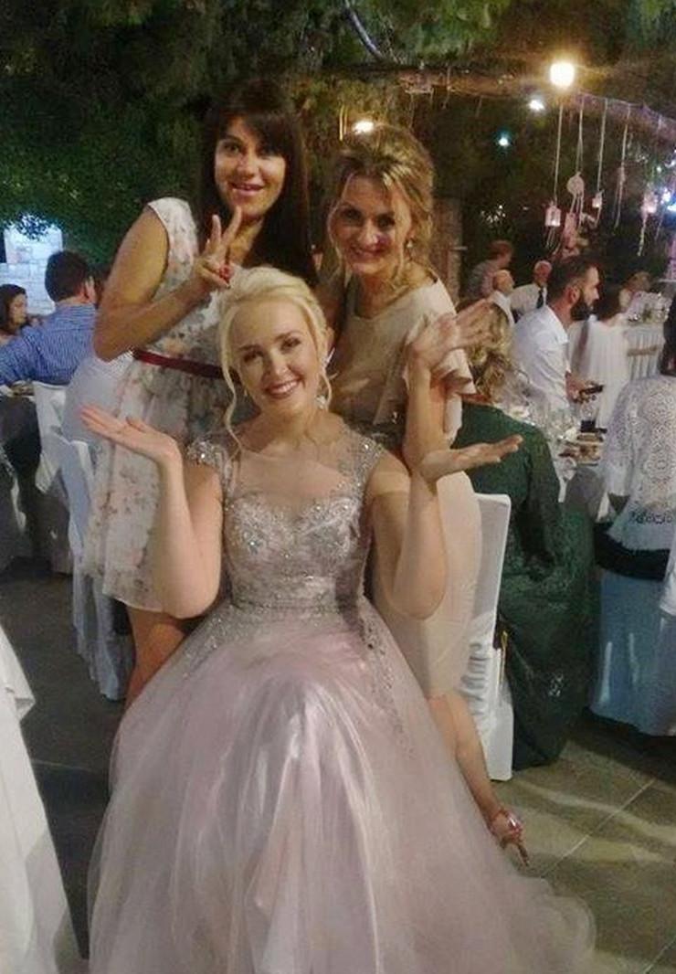 Grcki-kutak-Tijana-Ivana-i-Sanja