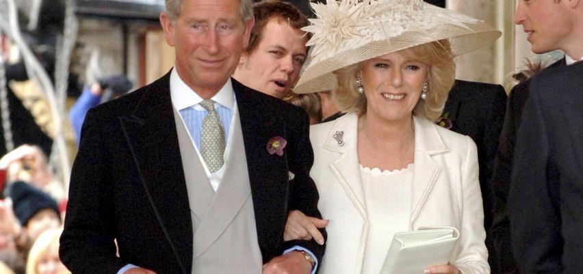 Rocznica ślubu księcia Karola i księżnej Camilli. Przed ceremonią wszystko szło nie tak
