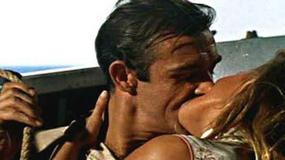 Ursula Andress - kadry z filmów