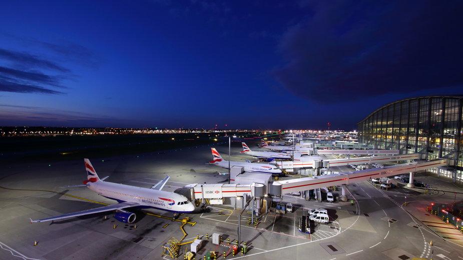Europejskie lotniska odnotowały ogromne straty w wyniku pandemii koronawirusa
