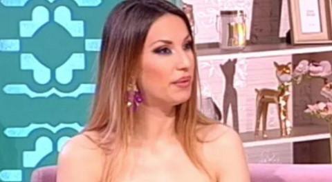 Rada Manojlović progovorila o teškoj temi: Pevačica se smeje, a ovo gura pod tepih!