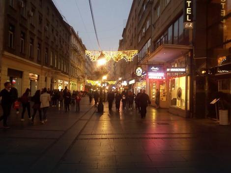 Knez Mihailova ulica večeras