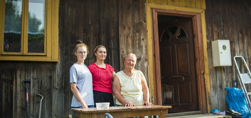 Pani Ula z rodziną mieszka w 100-letnim domu. Boję się, że dach runie nam na głowę