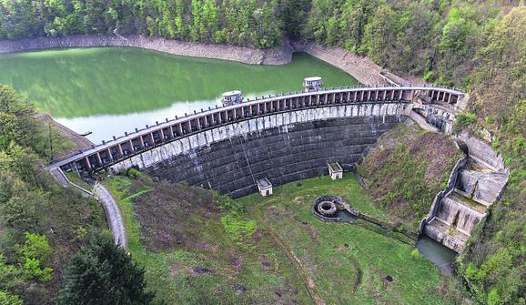 3.000 radnika radilo je na izgradnji brane, a završena je 1937.
