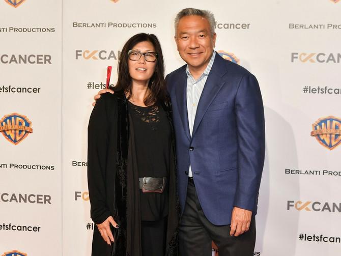 Kevin Tsujihara  sa suprugom