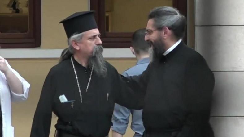 Prawosławny ksiądz oblał kwasem siedmiu biskupów w Atenach